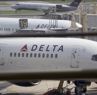 Delta Air Lines Inc. wants to offer new daily nonstop service from Seattle-Tacoma International Airport to Seoul-Incheon International Airport and Hong Kong International Airport.