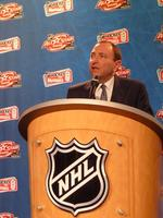 NHL paid $6M in legal fees in Coyotes fight; <strong>Bettman</strong> makes close to $8M