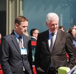 Bill Clinton gives Novozymes thumbs up