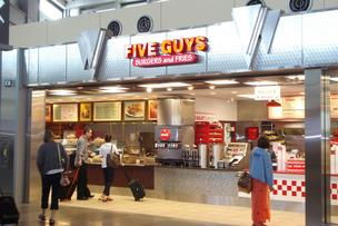 Five Guys Burgers and Fries will enter the British fast food market, according to Hospitality and Catering News.