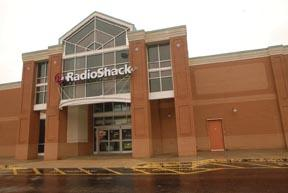 RadioShack Corp. has hired a high-level executive from Kohl's Corp. of Menomonee Falls.