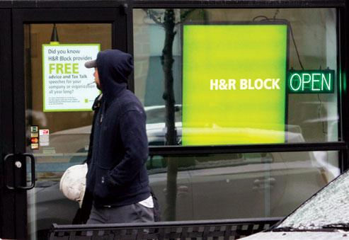 H&R Block will all of its offices on Jan. 6 despite the IRS delay.