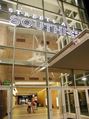 The Streets at Southpoint mall in Durham is adding Madewell, a retailer of women's apparel.