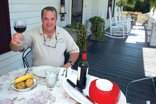 Dave Artigues now offers 'Dinner on the Porch' events at Elodie Farms in Rougemont.
