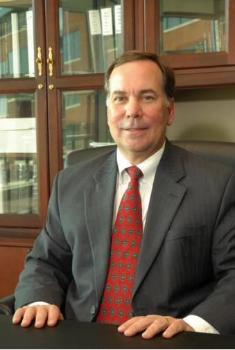 Donald Draughon Jr. led bank to earnings of nearly $1 million in 2010.