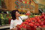 Specialty grocers look to raise market share
