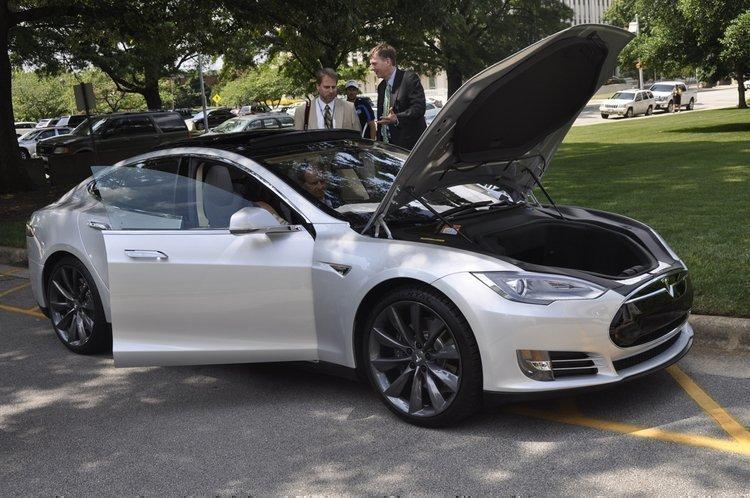 Tesla S car.