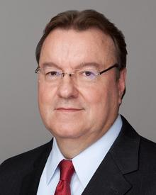 Dennis E. Stallings