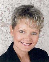 Gayle Claris