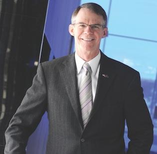U.S. Bancorp CEO Richard Davis says he doesn't think the largest banks are 'Too Big to Fail' - or 'Too Big to Jail.'