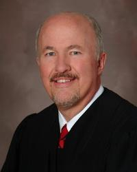 Judge Edward Cleary is among the three candidates for a seat on the Minnesota Supreme Court
