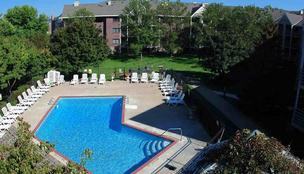 Greystar Real Estate recently acquired Newport on Seven apartment complex in St. Louis Park for $22.7 million.