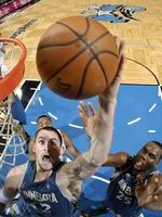 Timberwolves cut prices for Love 'double-double' run