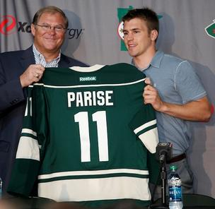 Craig Leipold with Zach Parise, whose debut with the Minnesota Wild has been delayed by the NHL lockout. The labor stalemate has also put a kink in Leipold's plan to host the NHL's Winter Classic event in 2014.