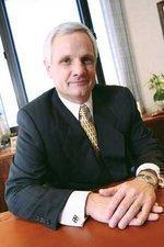 Securian CEO Senkler among Deubener Award winners