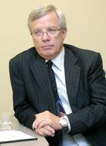 Xcel CEO <strong>Kelly</strong> took paycut in 2010 but still made nearly $10M