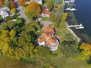 Lorie Line's home on Lake Minnetonka. It's for sale for $4 million.