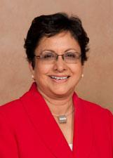 Sri Zaheer, an international business expert who has been interim dean of the Carlson School of Management for the last nine months, was named Thursday as the permanent dean of the University of Minnesota school.