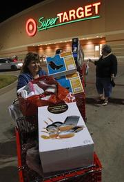 Machelle Maener leaves a Dallasaarea Target store at 10 p.m. on Thanksgiving.