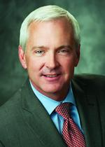 Xcel Energy CEO <strong>Fowke</strong> gets pay boost to $11 million