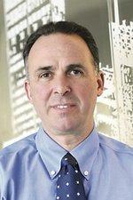 Apogee cuts executive compensation