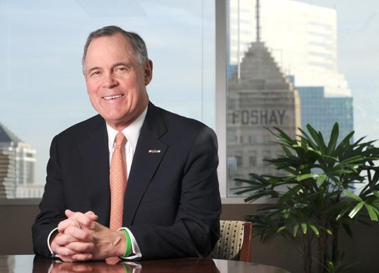 Richard Payne leads U.S. Bancorp's wholesale banking division, which now offers some of the services it lost after spinning off Piper Jaffray & Co. in 2003.