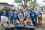 Medtronic volunteers think global