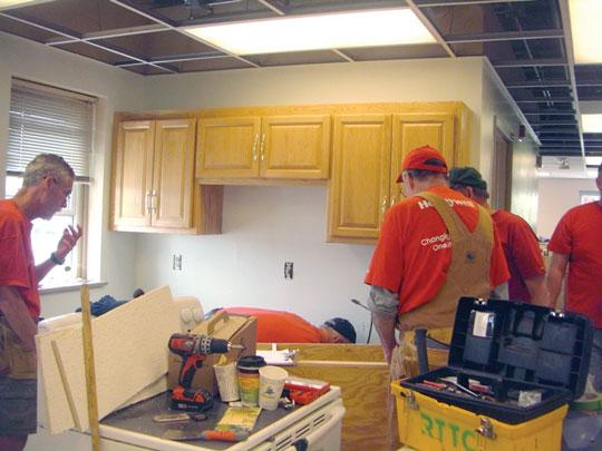 Submitted Photo In May, a group of 80 Honeywell and MACV volunteers renovated a residential building on the Minneapolis VA Health Care System campus.