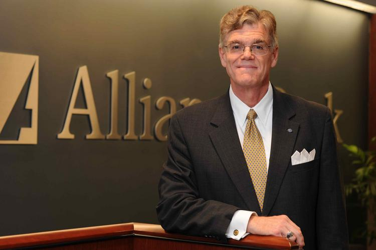 Alliance Bankshares CEO Bill Doyle, Jr. stands to get a golden parachute payment of about $975,930 when the merger with WashingtonFirst Bankshares closes.