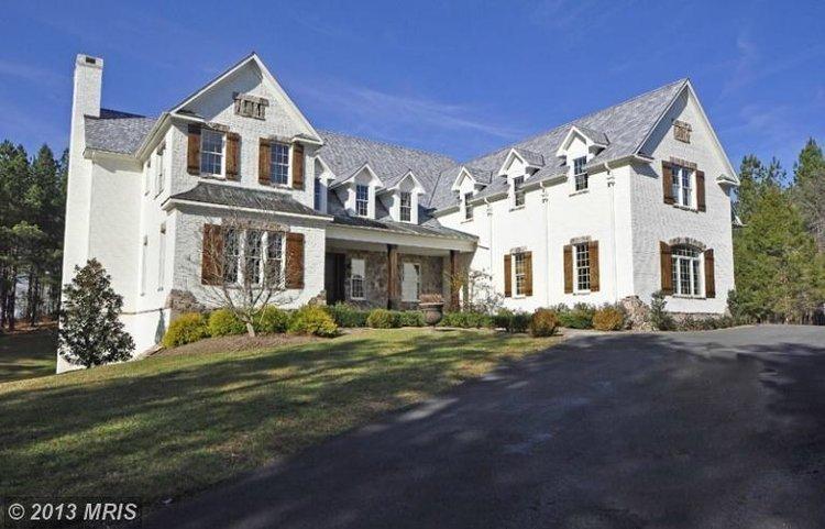 Washington Redskins quarterback Robert Griffin III has paid $2.5 million for a home at Creighton Farms.