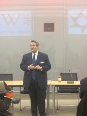 Ted Leonsis closes out D.C. Entrepreneurship Week.