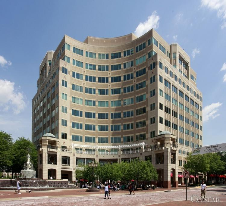 Boston Properties has formed a joint venture to acquire Reston's Fountain Square, an 811,000-square-foot center off Freedom Drive in Reston.