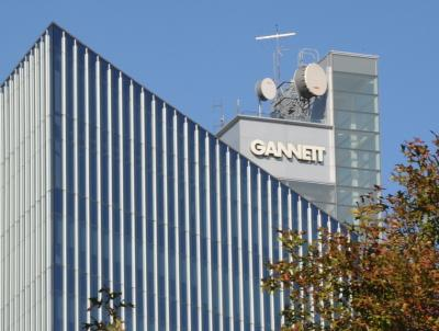 Gannett Co. Inc., which owns the Green Bay Press-Gazette and other Wisconsin dailies, announced plans to start charging for online digital content at all of its community newspapers.