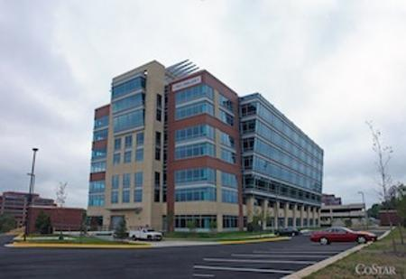 TNS Inc. has signed a lease for 120,000 square feet at One Dulles Corridor and plans to relocate to the building in June 2013.
