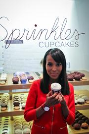 Kerry Washington greeted fans at Sprinkles Cupcakes in Georgetown on Oct. 29, kicking off a nine-day event benefiting Americans for the Arts with 100 percent of the proceeds from the sale of Sprinkles Red Velvet cupcakes from Oct. 29 to Nov. 6 being donated to Americans for the Arts.