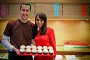 Sprinkles co-founder Charles Nelson and actress Kerry Washington show off the Americans for the Arts Red Velvet.