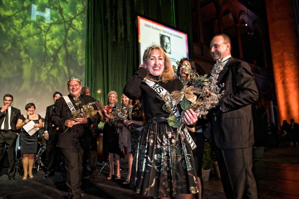 GTM Architects' Barbara Magistro struts her stuff as the 2008 queen. King Terry Perry of Wisnewski Blair & Associates is close behind.