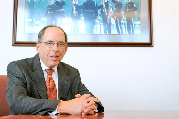 Pentagon Federal Credit Union, led by Frank Pollack, is expanding beyond its core Army and Air Force membership into the realm of Navy Federal.