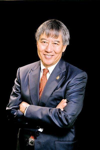 Wallace Loh