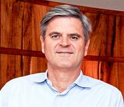 STEVE CASE Chairman of Startup America Partnership  ○  Member of President Barack Obama's Council on Jobs and Competitiveness   ○  Major supporter of the JOBS Act designed to boost fundraising for startups  ○  Former chairman and CEO of AOL