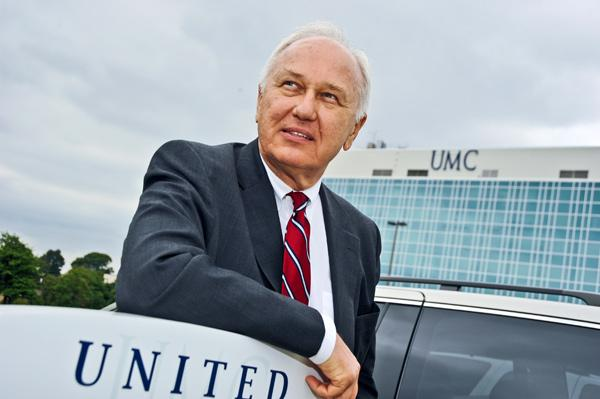 George Chopivsky, who provided services to Specialty Hospitals and wants to buy United Medical Center, accuses his former partner of fraud.