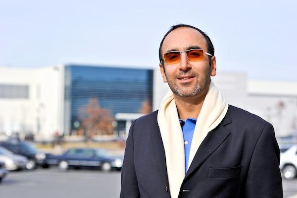 Hossein Fateh is the jet-setting CEO of DuPont Fabros Technology.