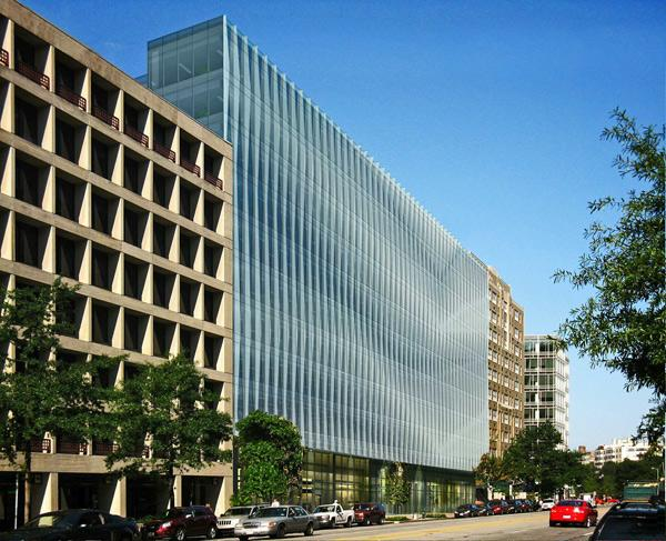 George Washington University hopes to gain zoning approval to build a 130-foot-tall office tower in Foggy Bottom