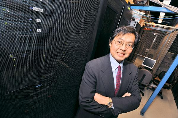 """To meet the federal government's increasing demand for cloud computing services, Lore Systems of Silver Spring  is looking for data centers with available power capacity, says CEO Tien Wong. """"The limiting factor for us is power."""""""