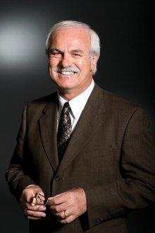 Kenneth De Meuse