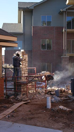 Work continues behind the clubhouseat the Bennington Place Apartments atWest 21st Street and North Maize Road,where you can see a pool has been builtas well.