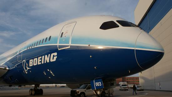 The Boeing Co. is reported to have secured an order for eight more 787-9 Dreamliners from Air Lease Corp. to lease to Vietnam Airlines.