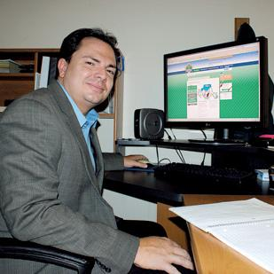 Scott Wyatt is working with Terry Newman to launch HomeRunSavings.com. The site offers discounted products and gives a percentage of the sales to local nonprofit organizations.
