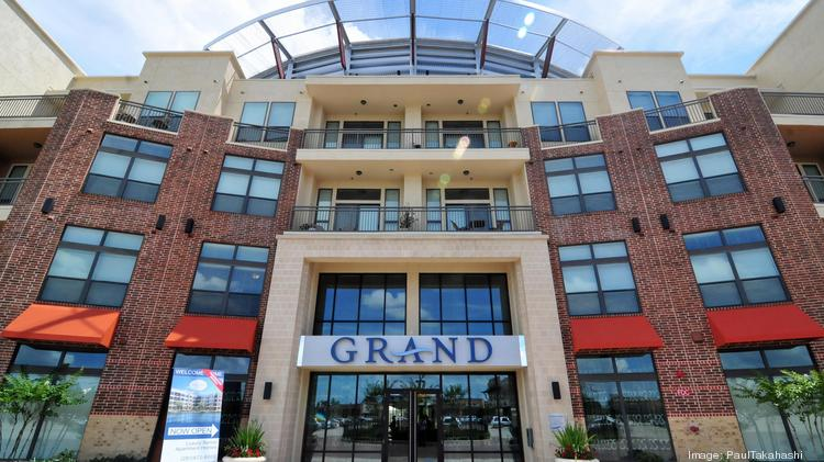 The Grand At La Centerra Is A Four Story 271 Unit Luxury Apartment