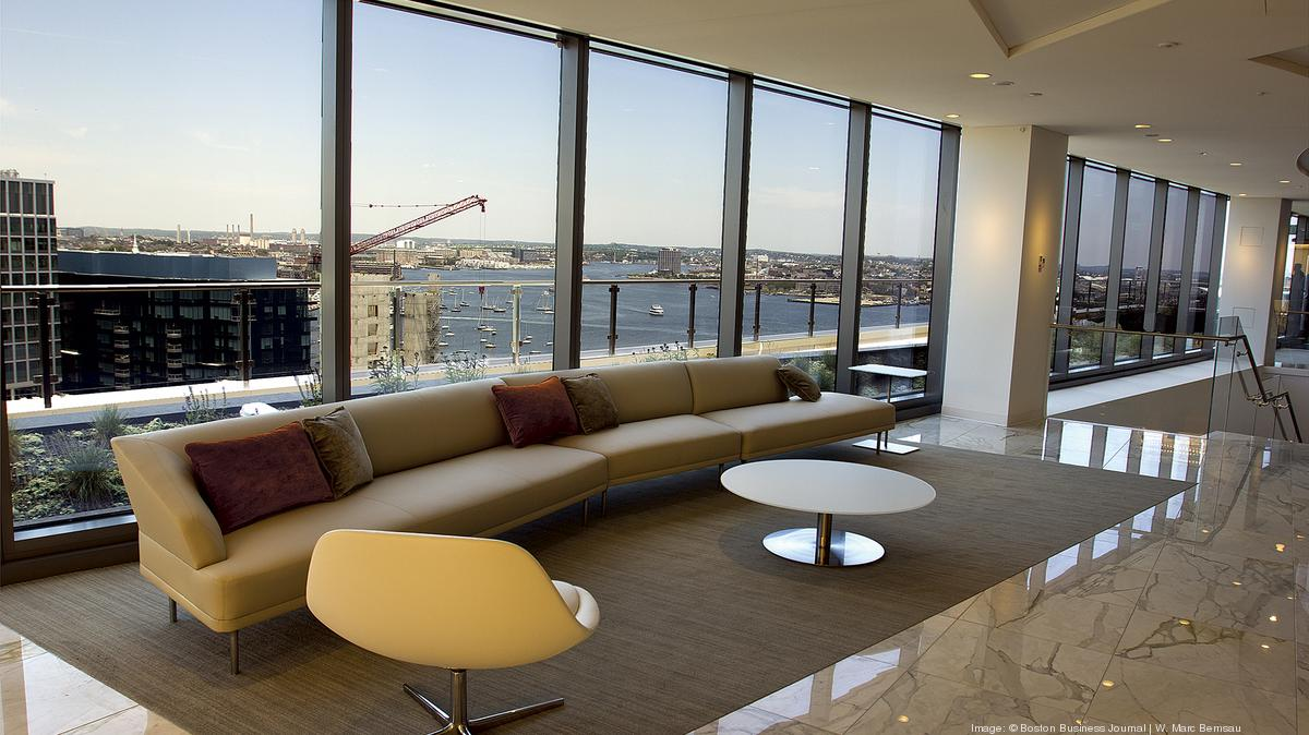 Ropes & Gray Associate Salaries in Boston, MA | Glassdoor ...